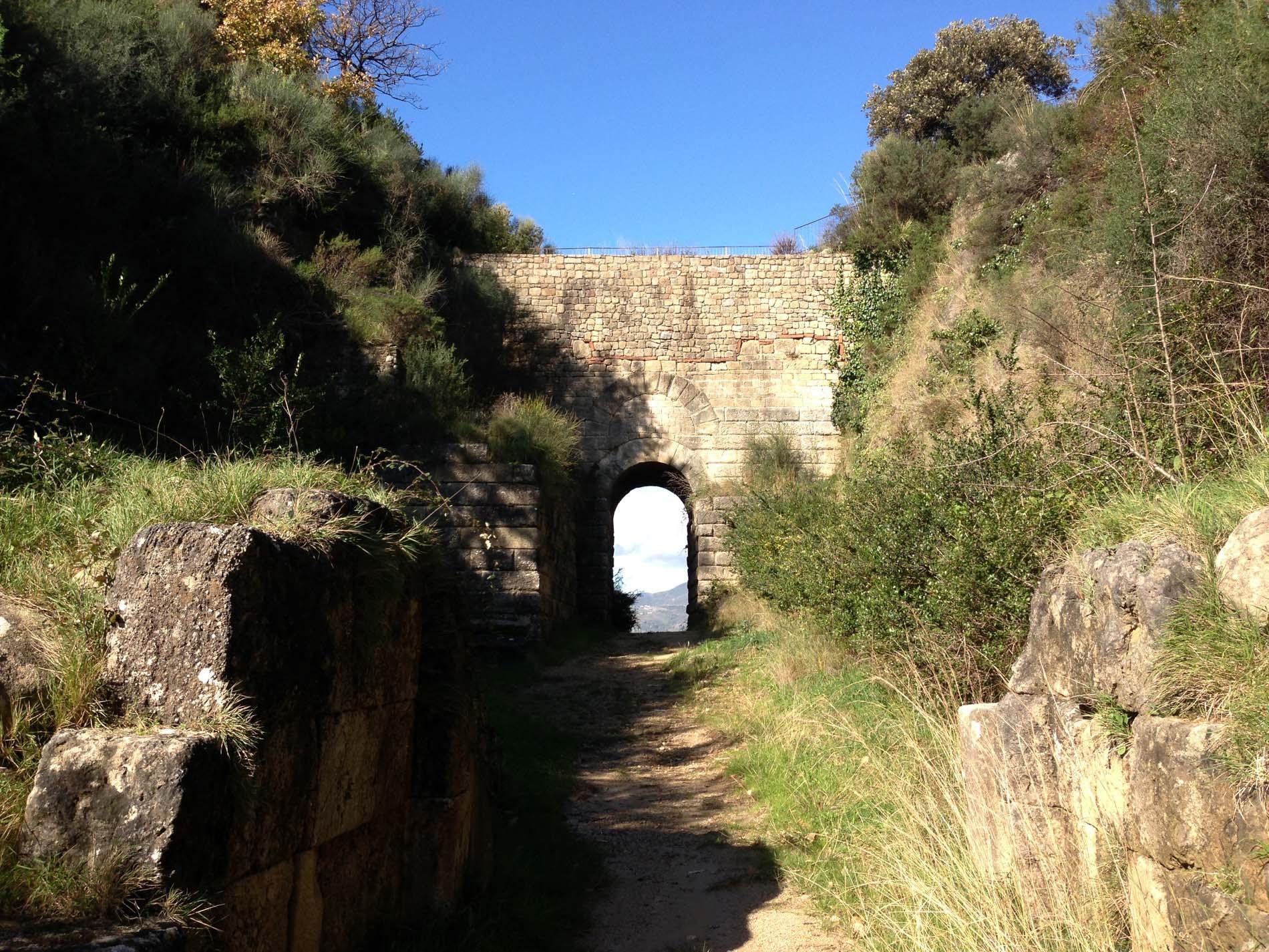 Porta Arcaica e Porta Rosa