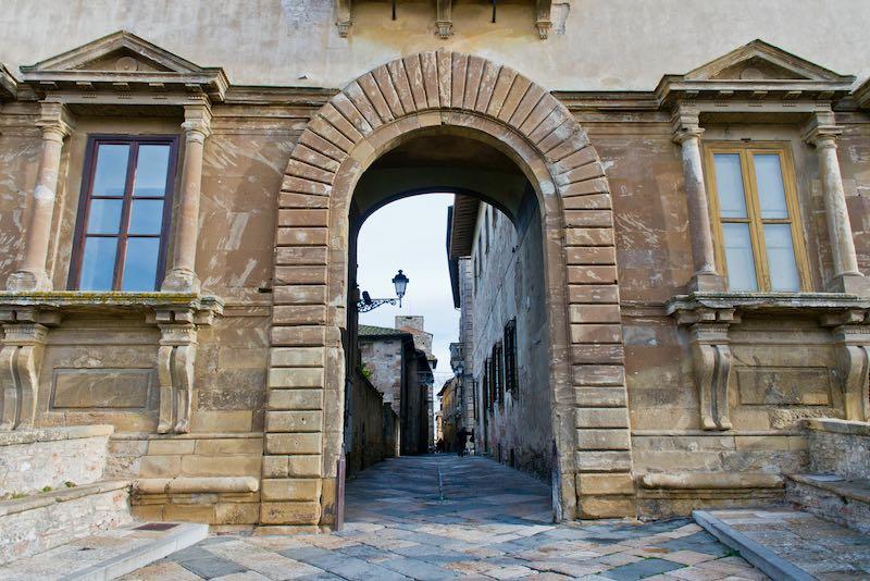 Porta Palazzo Campana