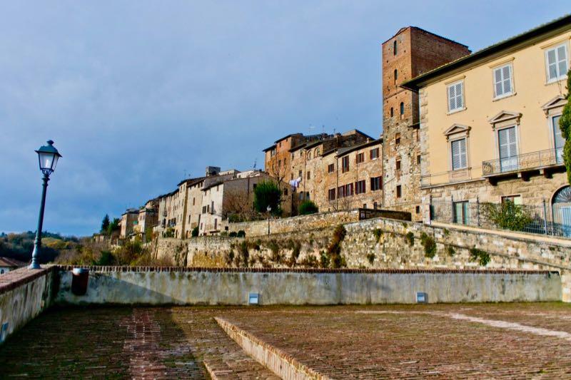 vista dal Baluardo su Colle Alta con la Torre di Arnolfo